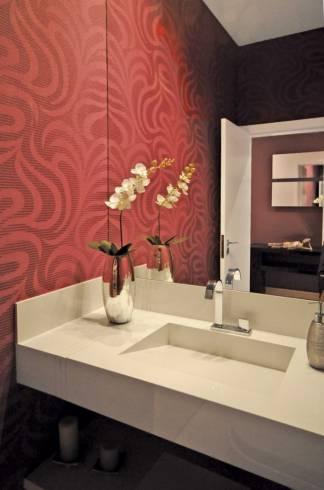 Fotos de lavabo com papel de parede vermelho