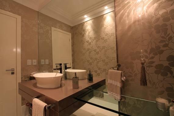 Como decorar lavabo com papel de parede floral clean