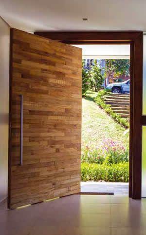 Dicas de portas pivotantes de entrada rústicas para sobrado