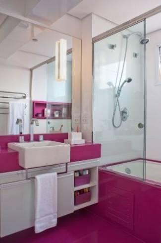 Fotos de banheiros com bancada de silestone rosa