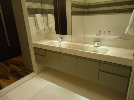 Fotos de bancada de porcelanato branco para banheiro