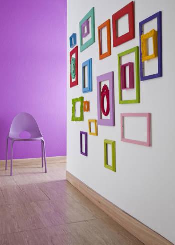 Decoração de parede com molduras - fotos