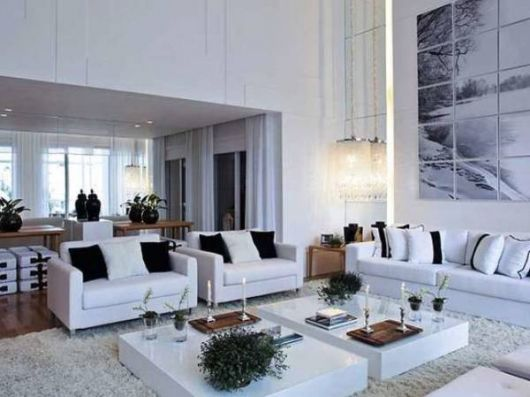 Fotos de salas clean com sofá branco