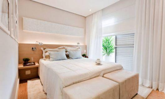 Fotos de quartos pequenos clean decorados com tons de bege