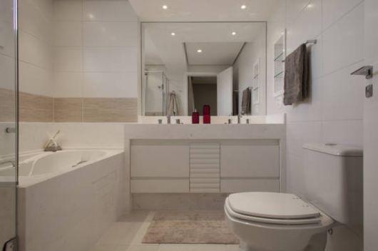 Fotos de banheiros lindos modernos e clean para casal