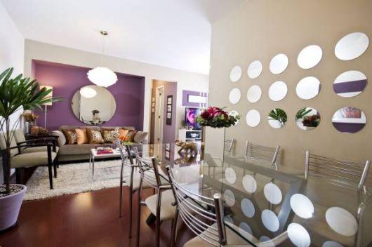 Fotos de sala colorida com espelhos