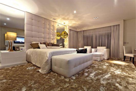 Fotos de quartos de casal clean com cabeceira de capitonê