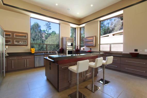fotos-da-casa-da-rihanna-cozinha