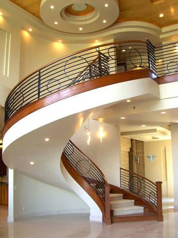 Fotos de modelos de escada circular clássica