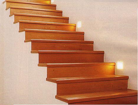 Modelos de escadas internas com degrau simples