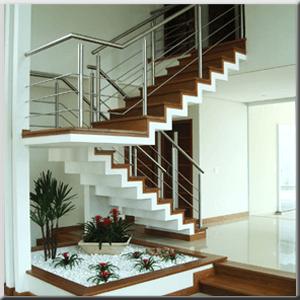 Fotos de casas com escada em U