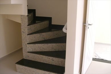 Projetos de escadas com degrau em leque triangular