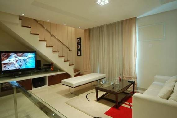 Sala Pequena Com Escada Em U ~ Fotos de salas de TV com escada reta de um lance simples