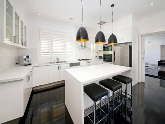 Modelos de Pendentes ideais para cozinha clean branca