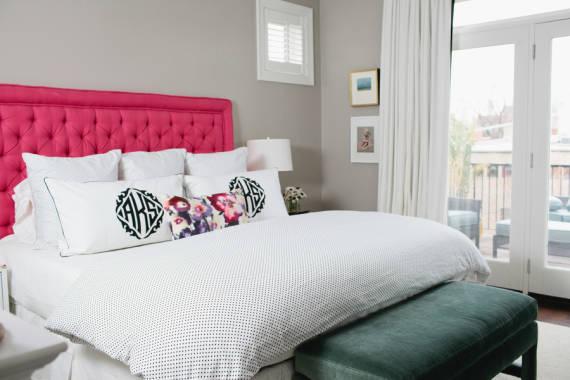 Fotos de quartos femininos com cores neutras - cinza e rosa