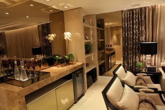 Cores de espelhos para salas - bronze, cobre e dourado