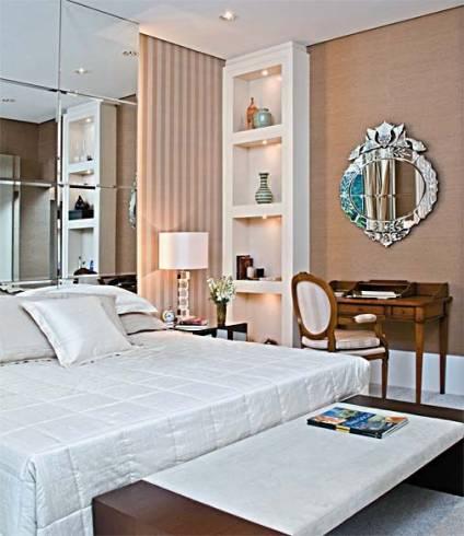 Fotos de quartos de casal com espelho veneziano