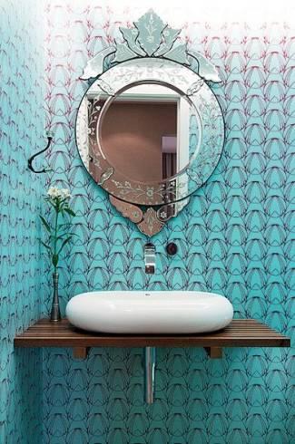 Fotos de lavabos decorados com espelho veneziano redondo