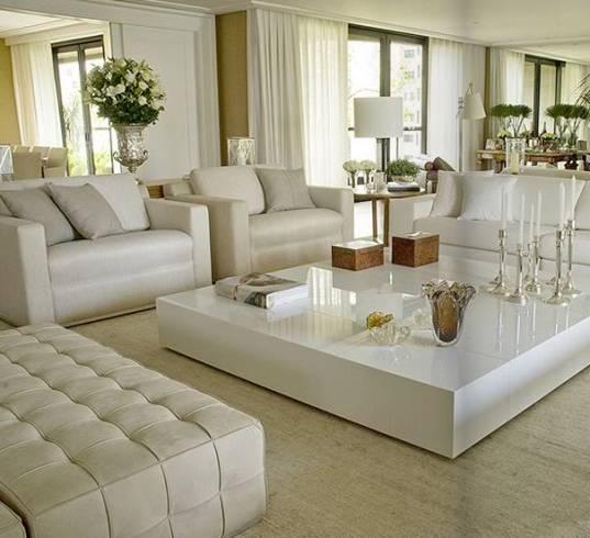 Enfeites para sala 50 dicas e fotos for Modelos de muebles modernos para salas pequenas