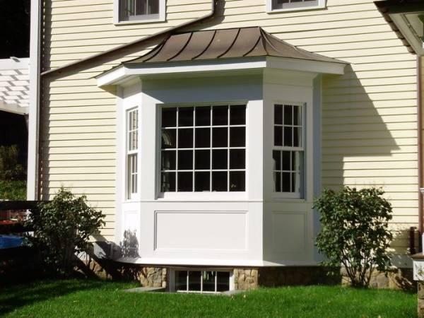 foto de janela bay window com partes em guilhotina