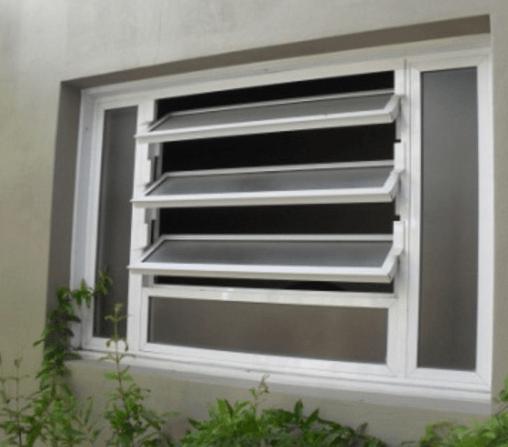 tipo de janela basculante lado externo