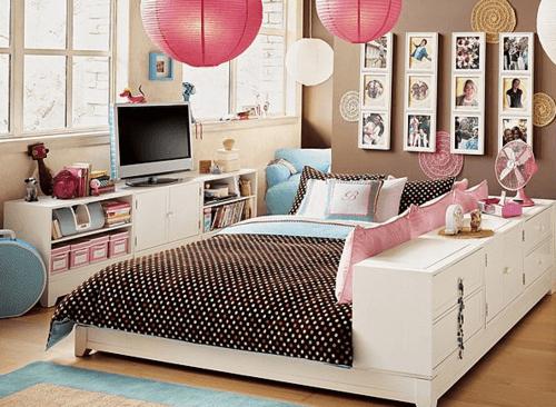 decoração com fotos em quarto de menina