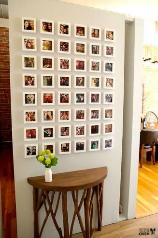 quadros de fotos nas paredes
