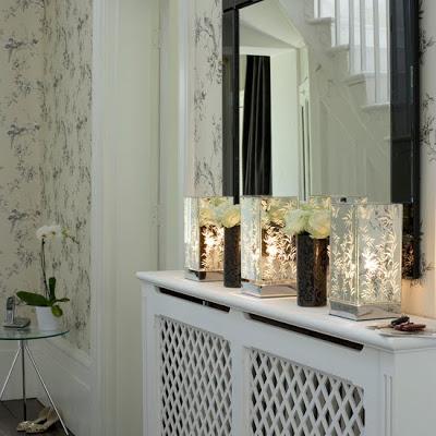 decoração de hall de entrada com luminárias simples