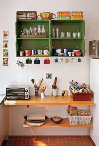 decoração vertical em cozinha pequena