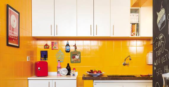decoração barata em cozinha pequena