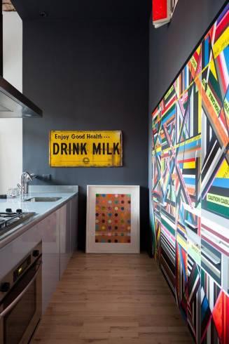quadro na decoração de cozinha pequena