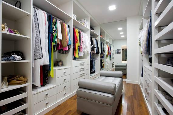Modelos de closet 60 dicas e fotos for Modelos de closets para dormitorios modernos