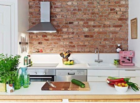 tijolo aparente de demolição na cozinha