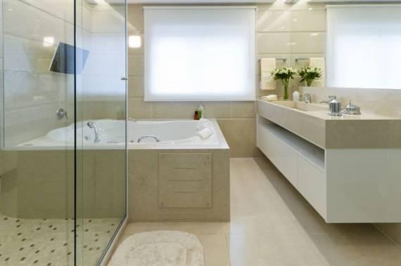 TIPOS DE PORCELANATO O que Você Precisa Saber -> Banheiro Medio Com Banheira