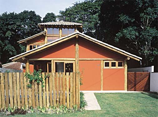 casa de alvenaria e madeira