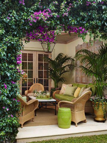 garden seat na decoracao : Na varanda o item verde combinou com a jardinagem e deu destaque para ...