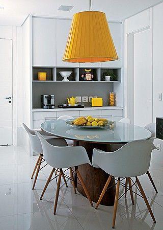 mesa oval moderna