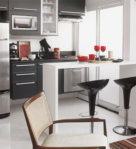 cozinha preta e branca