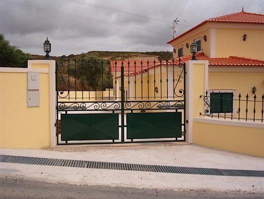 portão e grade combinando