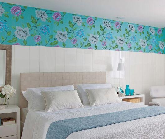 Papel de parede para quarto de casal 50 estilos for Papel pared turquesa