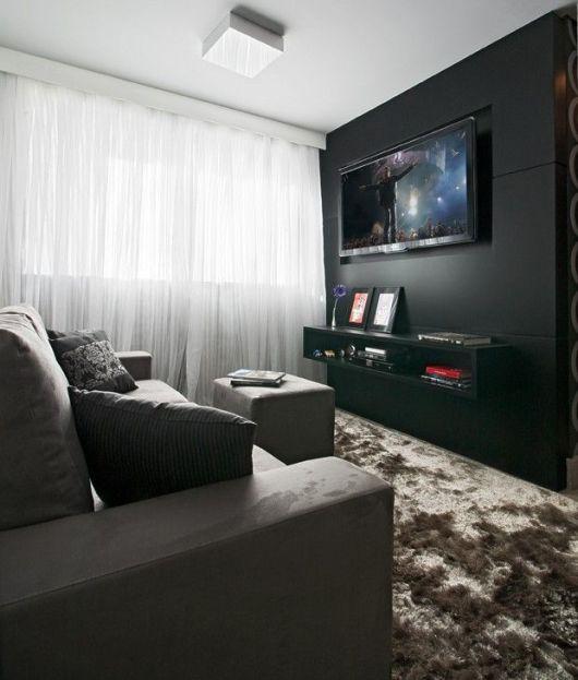 Decoracao De Sala De Tv Com Sofa Cinza ~  de mesma cor se camufla a parede, e o destaque fica apenas para os