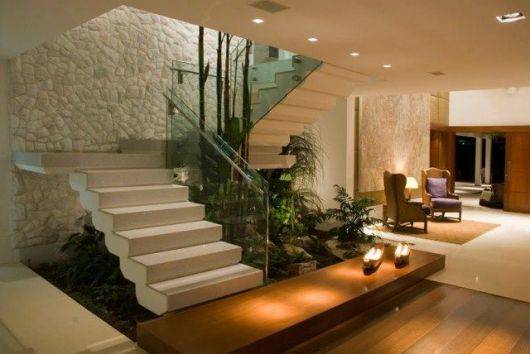 jardim interior casa