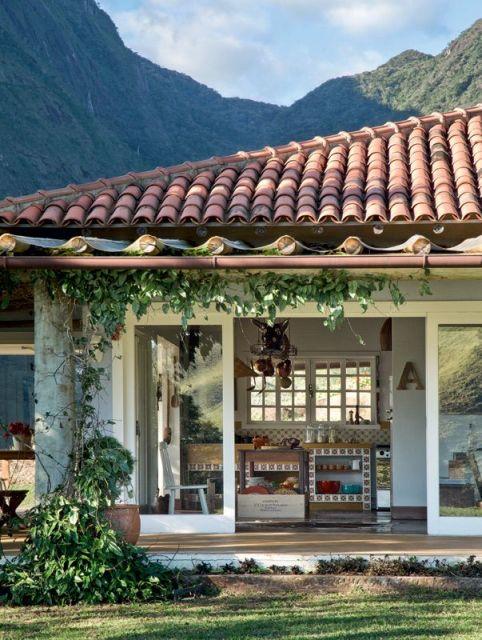 casa com telha colonial
