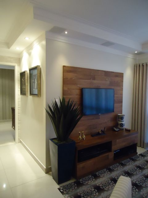 Vasos Na Sala De Tv ~ para a tv um painel de madeira