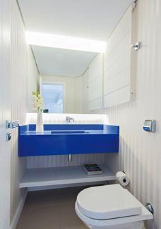 papel parede listrado banheiro