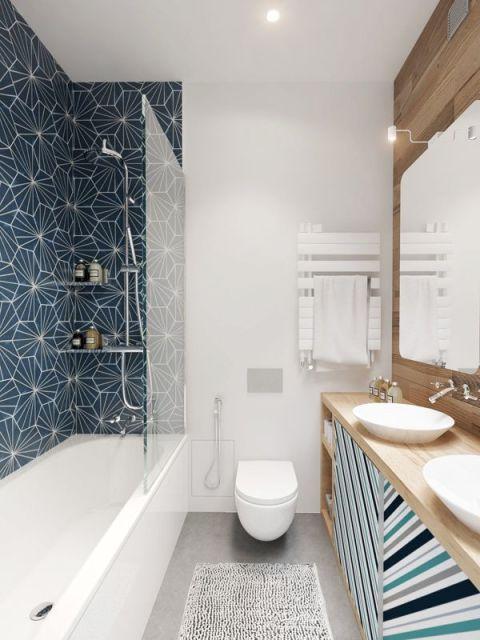 papel de parede azul no banheiro