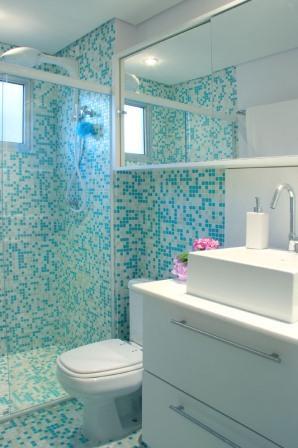 armário com espelho banheiro