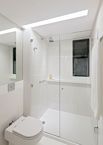 70 banheiros modernos imperd veis fotos e dicas - Piso pequeno moderno ...