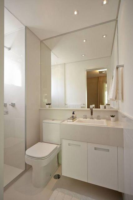 70 BANHEIROS MODERNOS IMPERDÍVEIS! Fotos e Dicas -> Banheiro Pequeno Creme