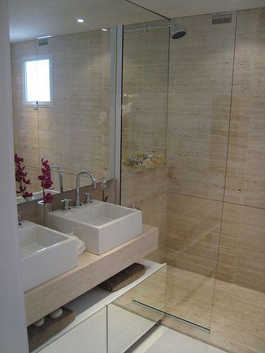 70 BANHEIROS MODERNOS IMPERDÍVEIS! Fotos e Dicas -> Banheiro Decorado Com Marmore Travertino